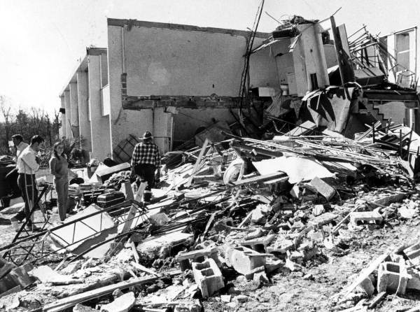 Gulf Breeze, FL F3 Tornado – February 7, 1971