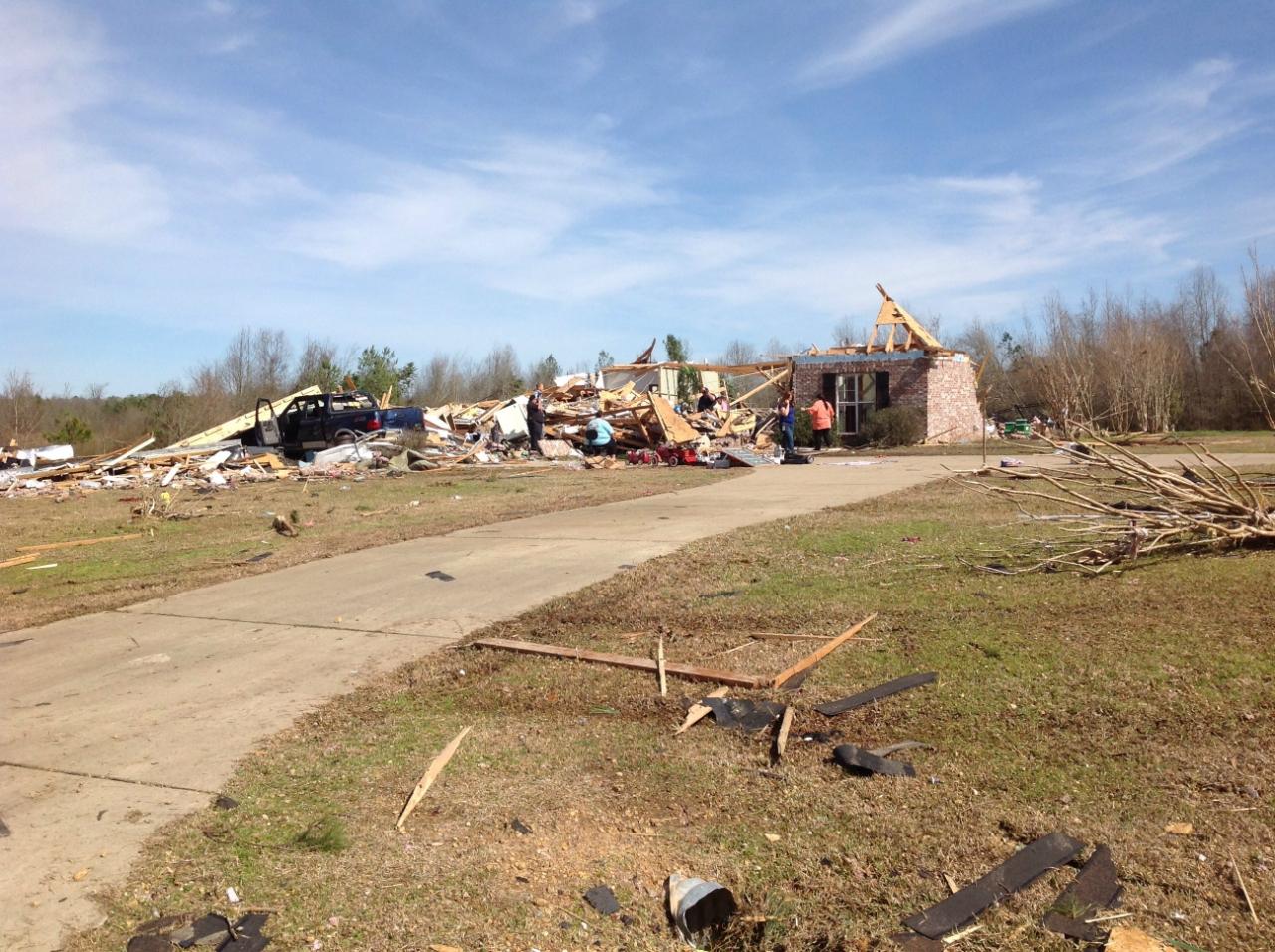 Wesson-Pinola, MS EF2 Tornado – February 15, 2016