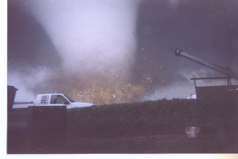 Roanoke, IL F4 Tornado – July 13, 2004
