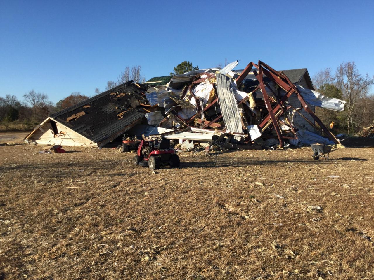 Danville-Neel, AL EF3 Tornado – November 29, 2016