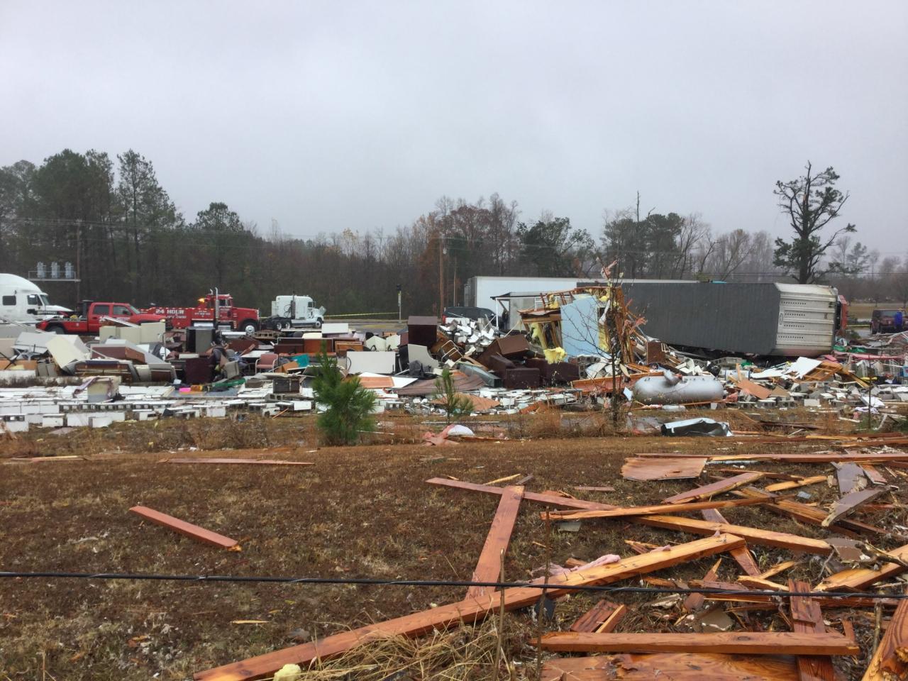 Rosalie-Ider, AL EF3 Tornado – November 30, 2016