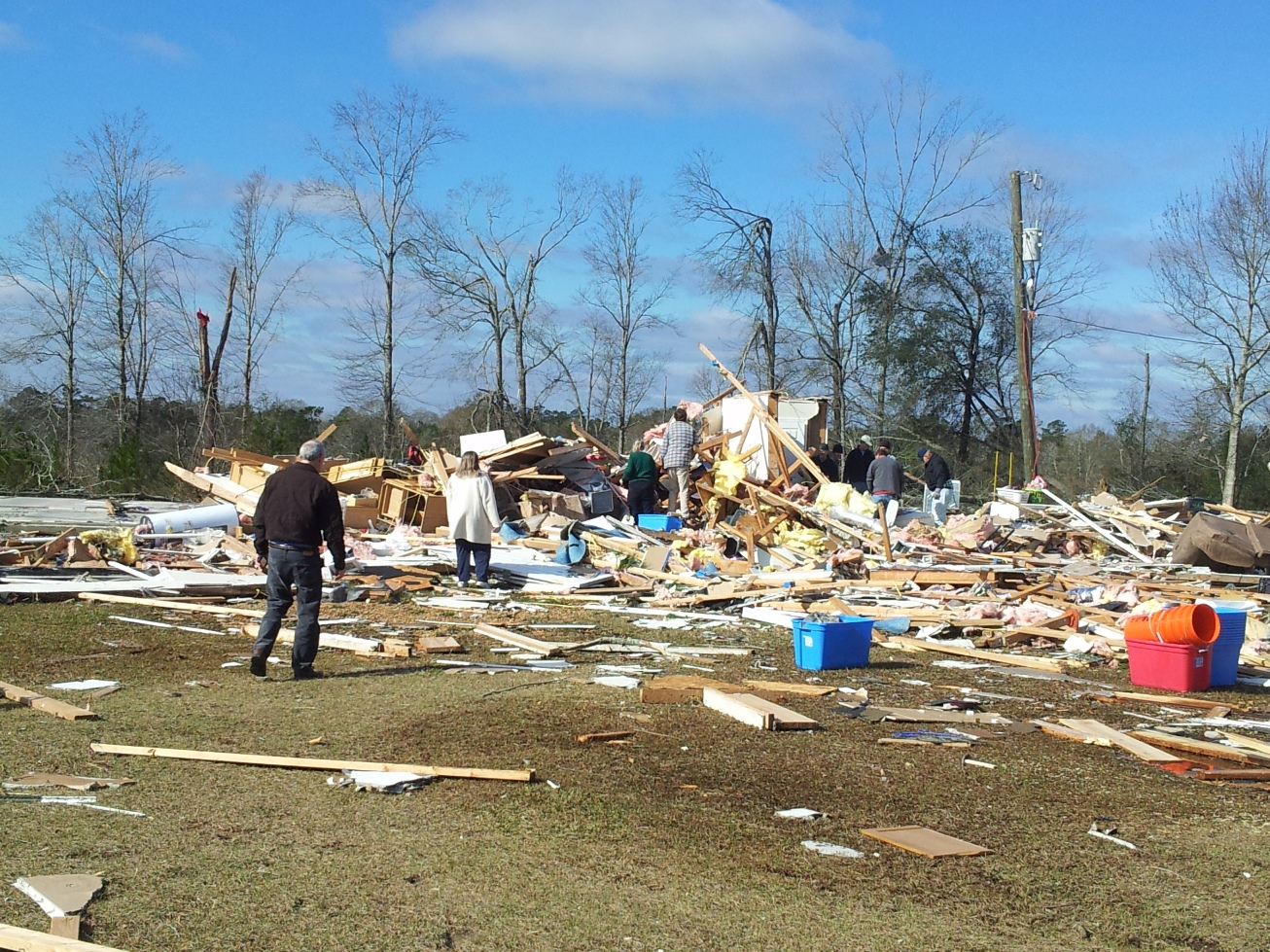 McNeill to McLain, MS EF3 Tornado – December 25, 2012